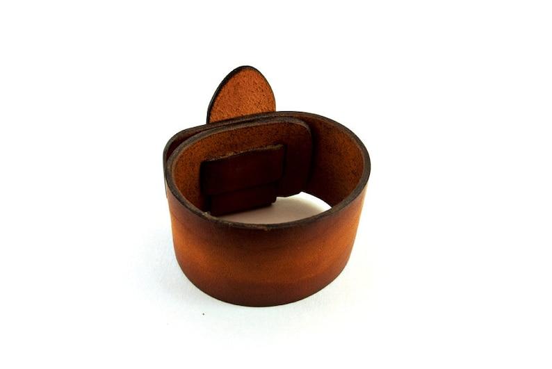 Stylish Leather Bracelet \u2022 Bracelet for Men \u2022 Gift to Friend \u2022 Gift to Boyfriend \u2022 Valentine/'s Day gift \u2022 Gift For Dad \u2022 Cool gift to son