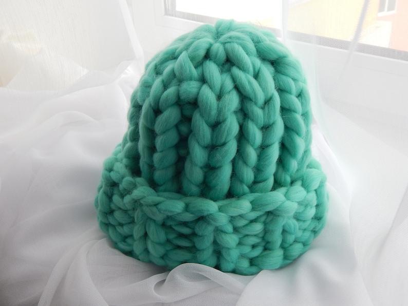7072571e543791 Quick Chunky Knit Hat Pattern image 0 free ...
