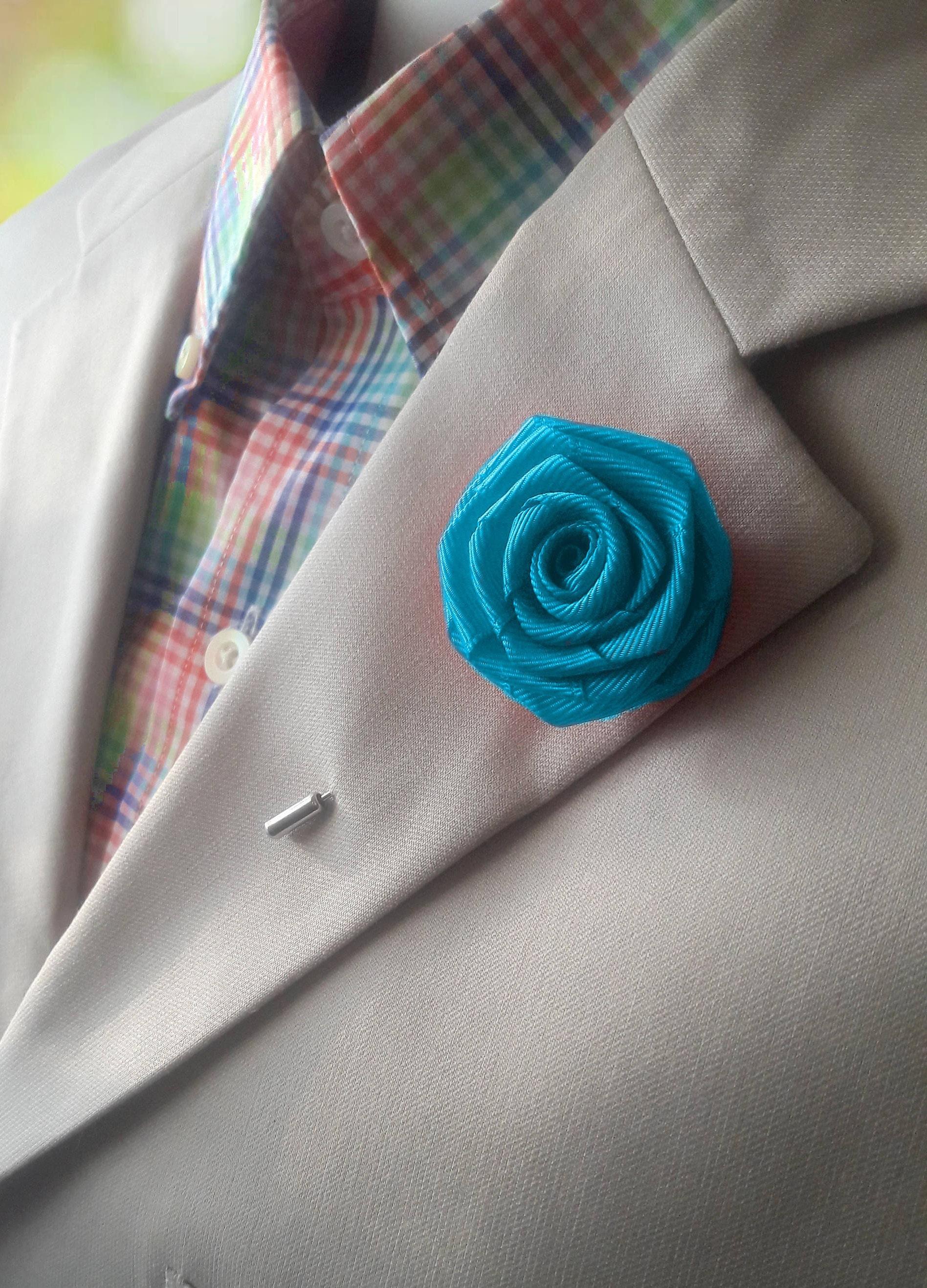 Alternative To Rose Garden: Men's Flower Lapel Mens Rose Lapel Pin Alternative