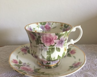 Beautiful vintage bone china House of stewart chintzy floral afternoon tea cup and saucer