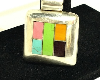 Pendant // sterling silver // 1980's // 1990's // jewelry // necklace
