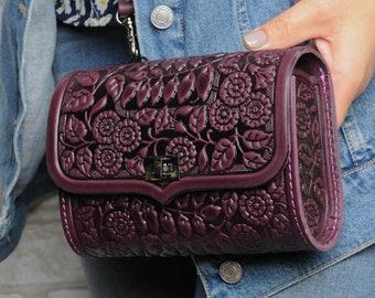 Purple fanny pack, belt purse for women, purple leather belt bag, belt purse, bum bag, unique belt purse, embossed belt purse