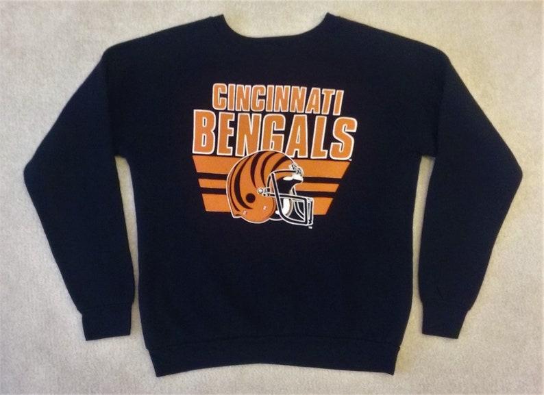 best sneakers a8baf db452 Vintage Cincinnati Bengals Sweatshirt Lg.