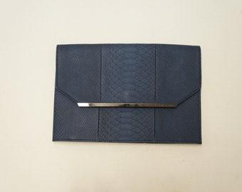 BCBGMaxAzria Envelope Clutch