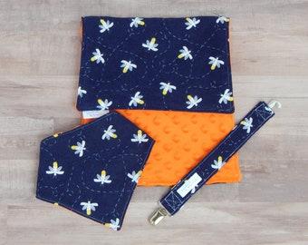 Firefly Baby Gift - Lightning Bug Baby Gift - Gender Neutral Baby Gift - Burp Cloth and Bib Gift Set - Baby Shower Gift - Fireflies