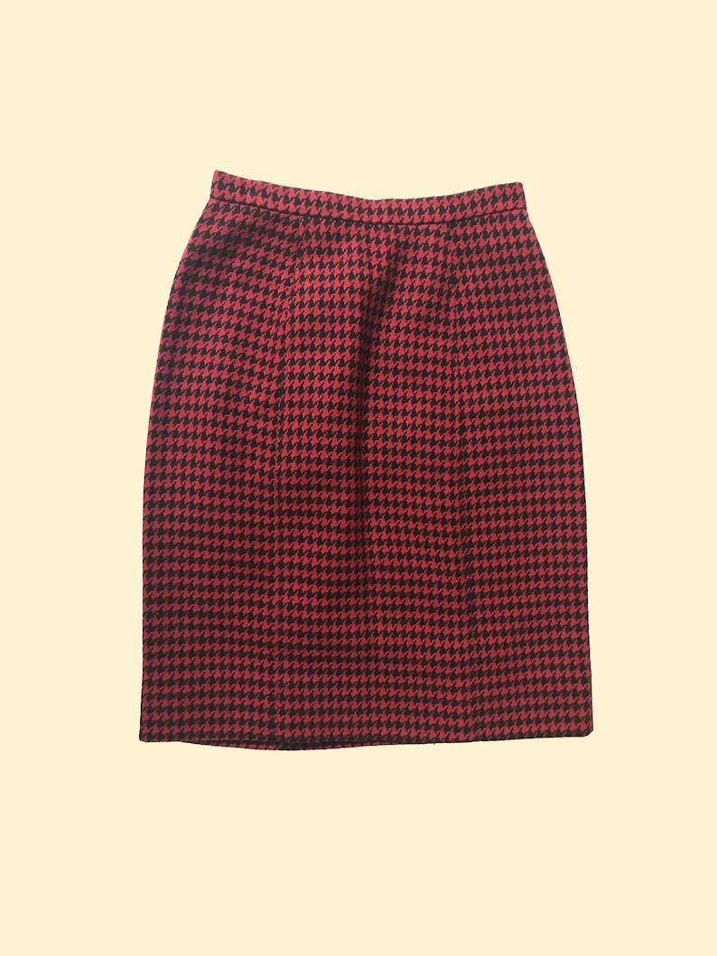 Houndstooth Pencil Skirt