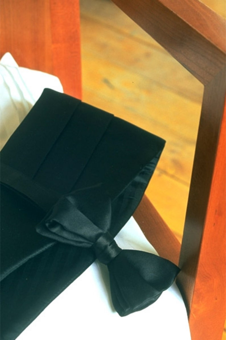 Big and Tall  Black Silk Cummerbund and Bow Tie Set image 0