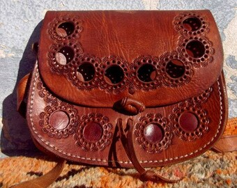 d2a276c7bd Beautiful Brown Handmade Moroccan Embossed Leather Messenger Bag