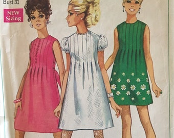 Simplicity 7633 Juniors and Misses Dress 1968