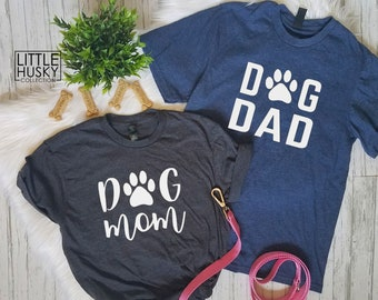 25d4103847cb2 Matching Dog Mom Dog Dad Shirts - Dog Parents Shirts with Paw Print for the  O - Dog Pawrents - Matching Dog Owner Tee - Dog Mama Dog Daddy