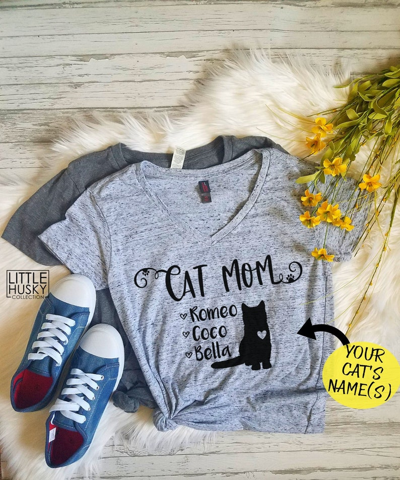 Custom Cat Mom Shirt with Cat Names - Pet Name Customize Shirt - Cat Mom  Shirt with Cat Name - Mom of Kittens Paw Print T Shirt - Cat Lover