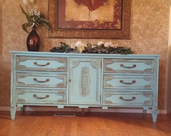 Sold!shabby Chic Dresser, Country Chic, Chalk Painted Dresser, Bassett  Furniture, Bedroom Furniture, Vintage Chic, Painted Buffet, Long