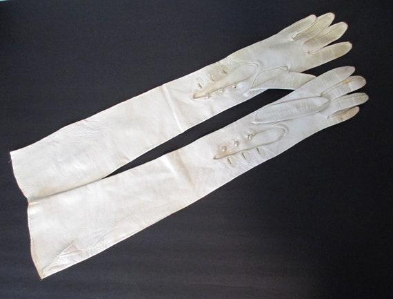 Vintage Gloves - Opera Length White Ivory Kid Leat