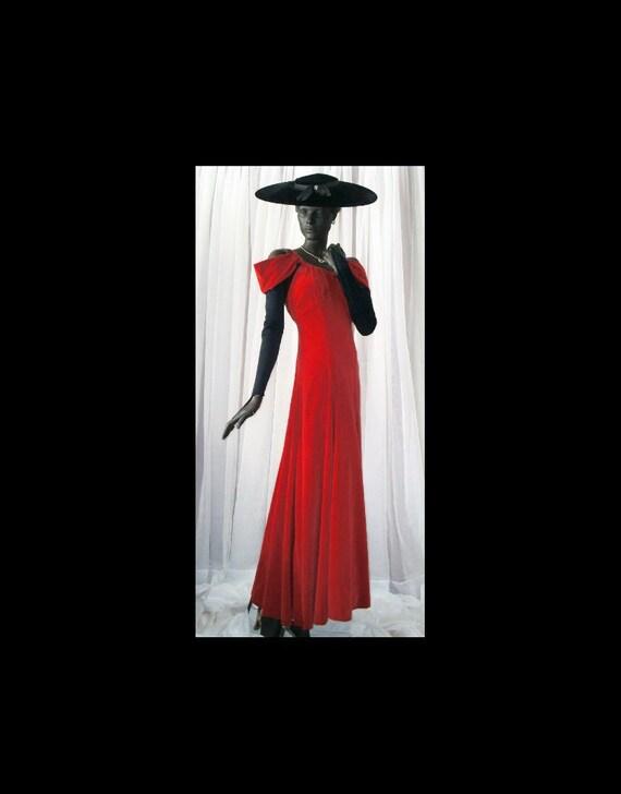 1940s Evening Gown Red Velvet Off Shoulder Sz 6