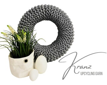 Grey wreath | knitted | Upcycled wool | Easter decoration | Spring decoration | 30 cm diameter | Knitting | Knitting wreath