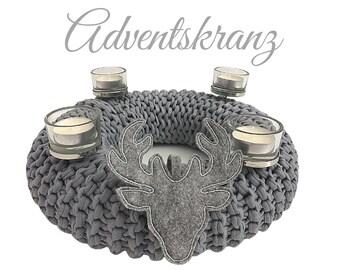 Grey Advent Wreath | knitted | Upcycled Wool | Christmas Wreath Decoration | Advent | Wreath | 30 cm diameter | Deer | Felt | Tea