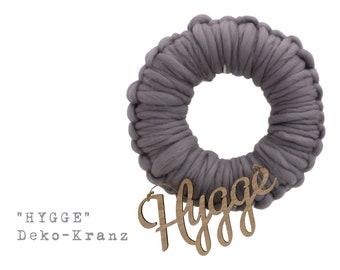 Grey wreath HYGGE | crocheted | Wool | Skandi Decoration | 30 cm diameter | Boho Style | Wooden lettering | Wood Font