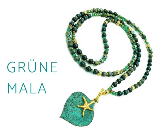 Green mala necklace with leaf and starfish pendant with patina | In Green and Gold | Hematite | Mala | Yoga | 108 | Pearl necklace
