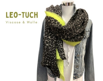 Grey Leo Cloth | Scarf with leo pattern and bright yellow edge | woven printed cloth | Viscose Wool | Animal Print