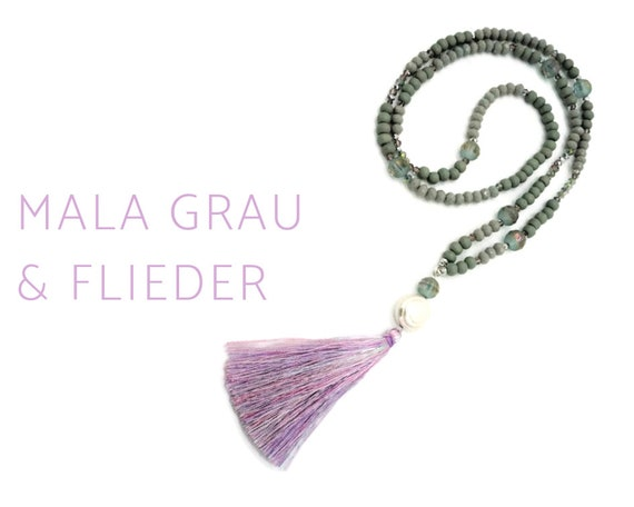 Grey mala necklace with long tassel in lilac purple made of shimmering glass and wood beads | Prayer Chain | Mala