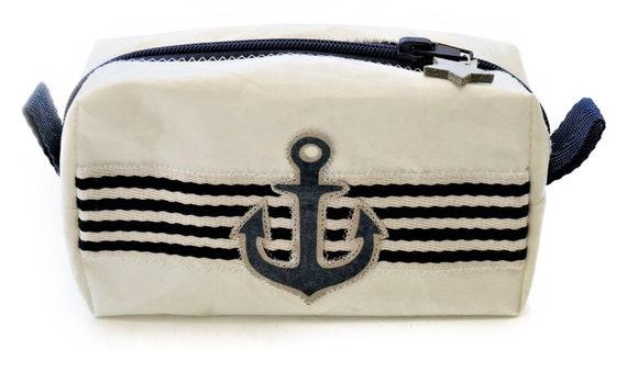 Cosmetic bag with anchor | Original sail | Upcycling | maritime | white blue | Make-up bag | Bag | small toilet bag | bag