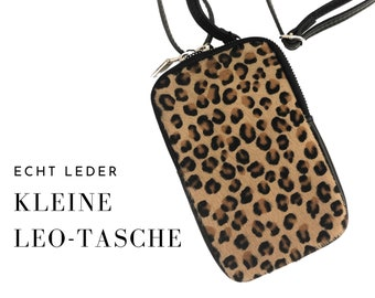 Leo | phone case Genuine leather and fur | Shoulder bag | Mobile phone chain | narrow belt | Bag | Animal Print | Leopard