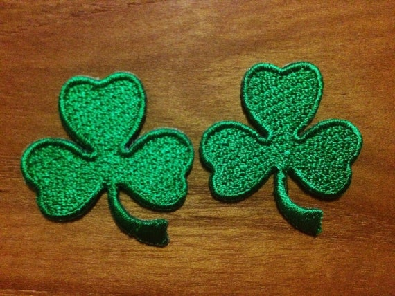 FOUR LEAF LUCKY CLOVER Green SHAMROCK Iron On patch Shirt Hat Jean shoes
