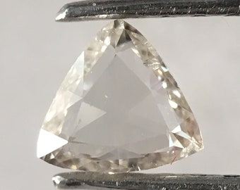 0.15 ct Natural Loose Transparent White color Beautiful triangle shape Diamond  R809