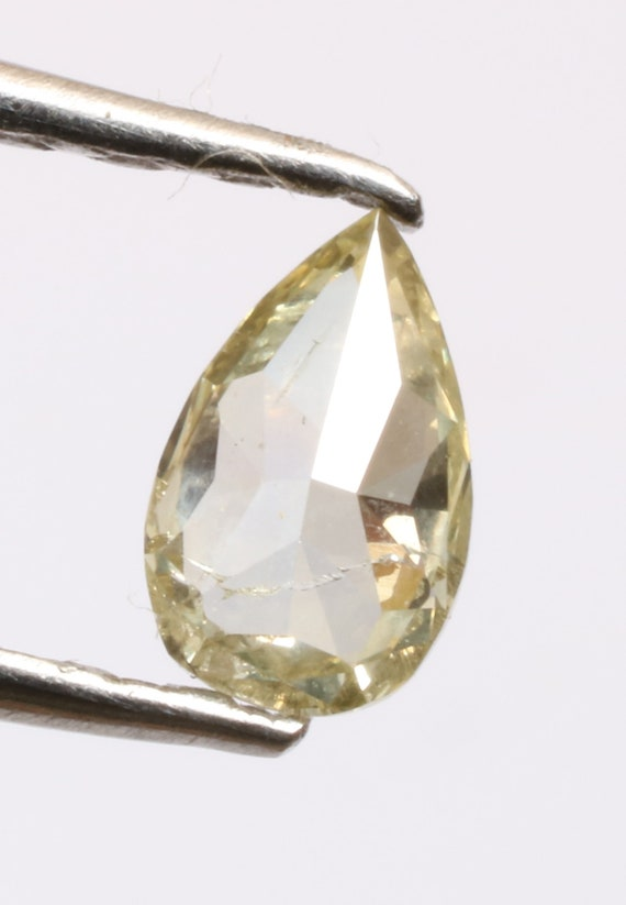 0,14 ct 4,6 X 2,9 mm naturel naturel naturel lâche sel et poivre jaune belle couleur en forme de poire diamant R1472 07d444