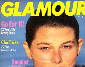 1989 Glamour Fashion Magazine Abortion Janette Williams Gilda Radner Gene Wilder Cybill Shepherd Kim Alexis Naomi Campbell Vintage Ads 80s