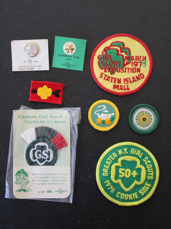 Rare Lot of Girl Scouts Patches and Pins - Staten Island NY - 1975 - 1976