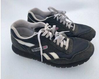 b5253f6201ba9 Vintage reebok sneakers