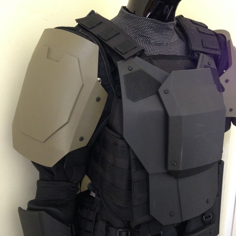 Sci-fi Armour Shoulders Apex Suit Mk4