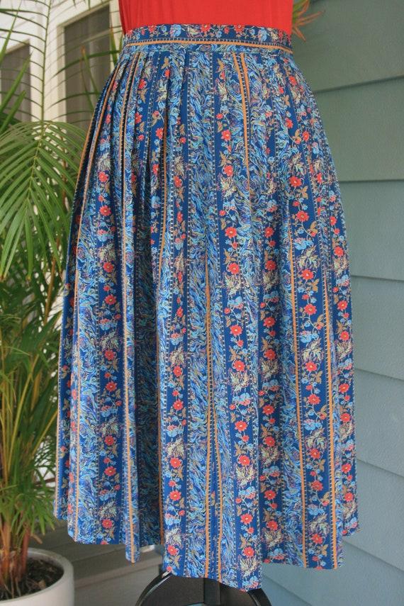 Blue pleated 80s vintage floral print skirt