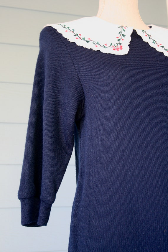 Navy blue 80s sweater dress with exaggerated embr… - image 2