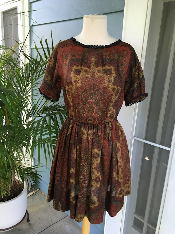 Vintage l'aiglon dress in regal paisley