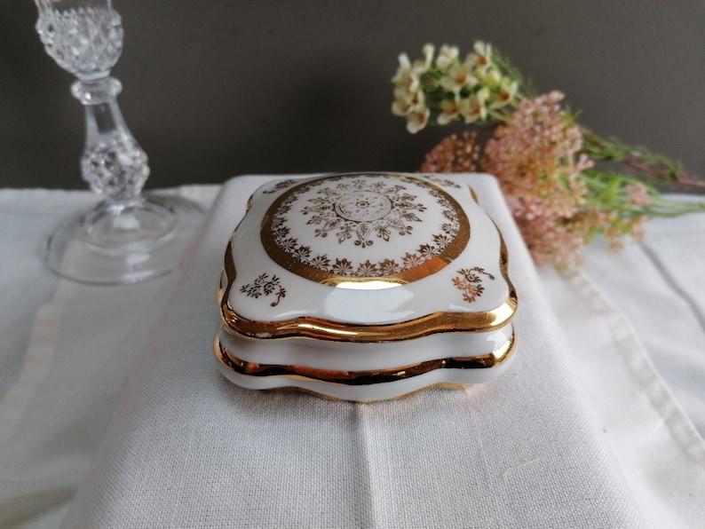 gold gold motifs antique porcelain 1950s Superb fine porcelain jewelry box Gold-gold Limoges porcelain box