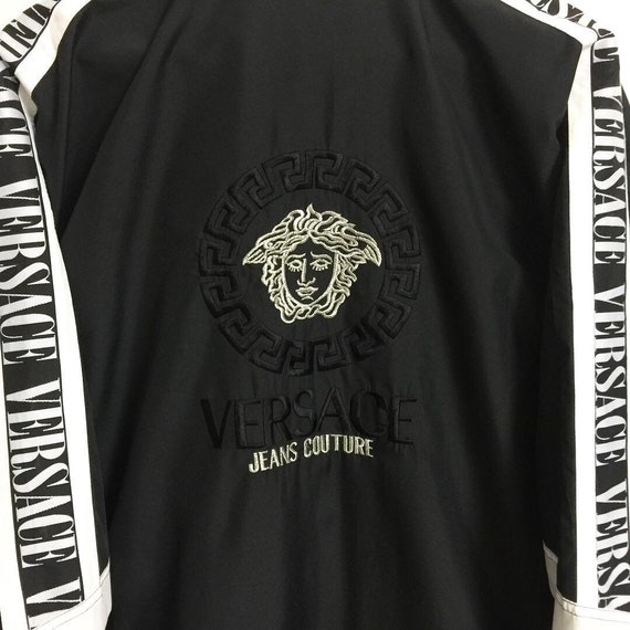 0be02f25d297 ... RARE Vintage in Versace Jeans Couture Medusa Logo grand Made in Vintage  Italy 4b74a6