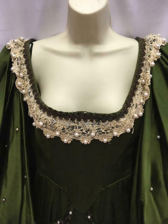 Vintage Green Satin Medieval Dress with pearls The