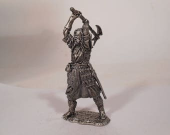 "Tin, 54mm,  Scottish Warrior with axe, a fictional character in the movie ""Braveheart"" 13-14 century"