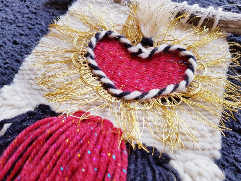Handwoven mexican wool wall sacred heart decor  weaving ornament home decor in various colours home tapestry decor  macrame decor