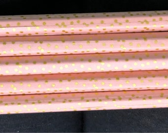 Set of 5 decorated handmade pencils!  Makes a cute gift for anyone!