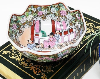 """Small Famille Rose Bowl with Floral Designs, People, Scrolls, Swords - Squared, Scalloped Edges -  6"""" Wide"""