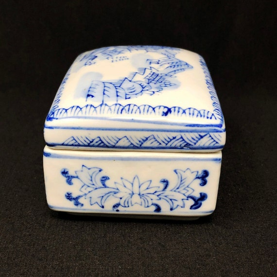 Vintage Quilted Box With Bold Blue Enamel Slab White Carved Over Blue Ocean Enamel Couples Sitting Together Decorated Lid With Natural Wood