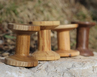 Wooden Reels from characters wood to stock you woolen thread
