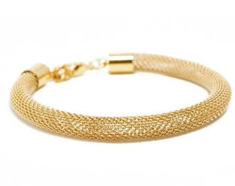 Fine 18 k gold plated Bangle