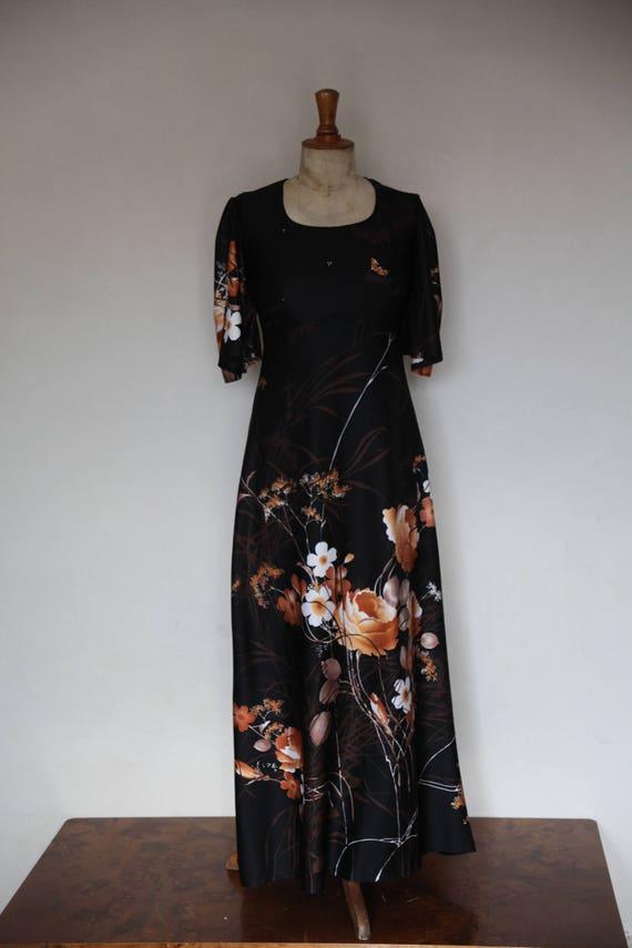 "long flower dress ""70"""