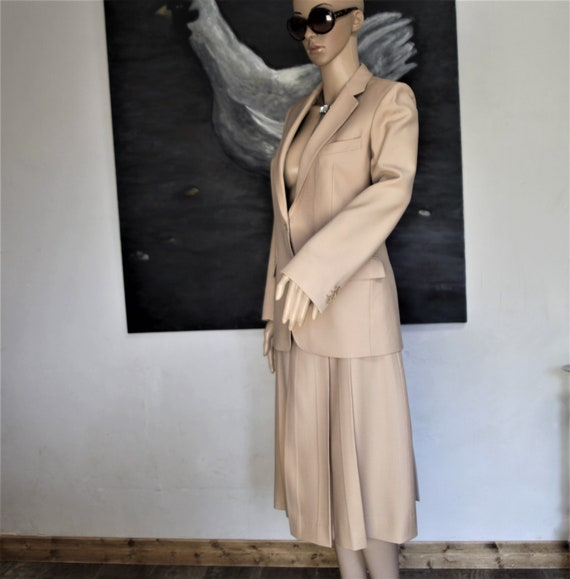 LOUIS FERAUD beige tailor