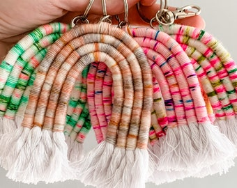 Macrame rainbow keychain / yarn rainbow, best friend gift for her, key chain car accessories, rainbow purse charm, bag accessories, key ring