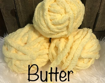 New Color! 46 COLORS AVAILABLE, Chunky yarn, Arm Knitting Yarn, Chunky Chenille Yarn, Chunky Vegan Yarn, Chunky  Knit, Yellow Yarn